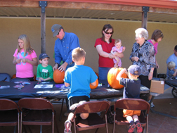 Pumpkin_Decorating_Booth_002