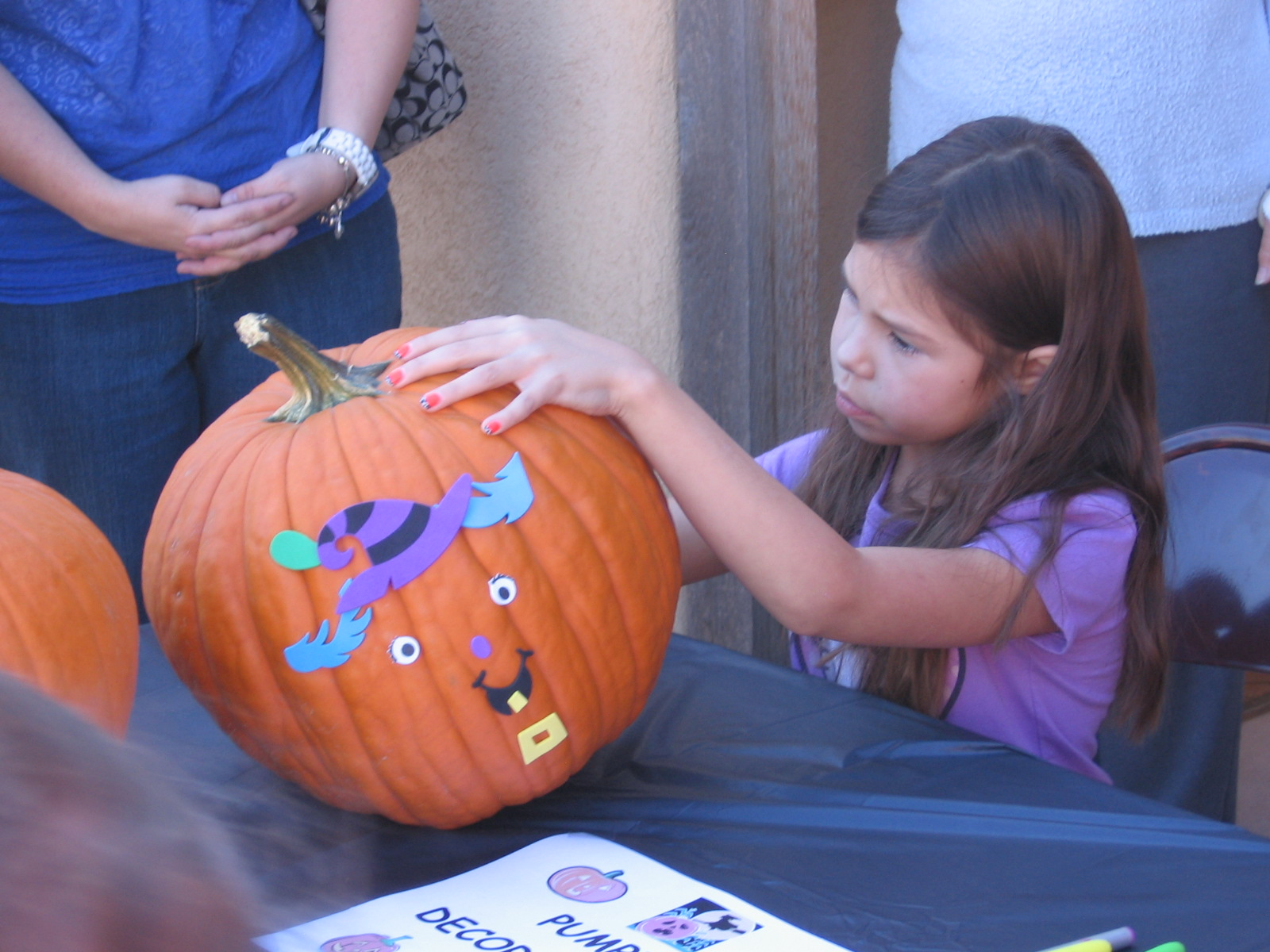 Pumpkin_Decorating_Booth_003