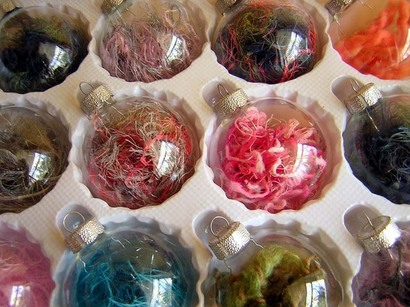 YARN-FILLED_ORNAMENTS-2011_WORKSHOP
